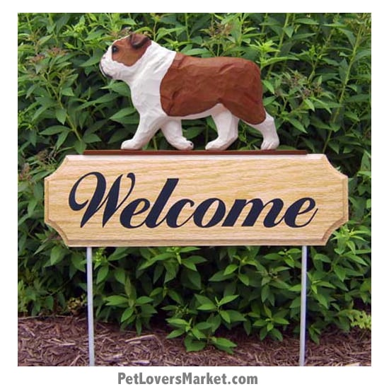 Welcome Sign with Bulldog dog breed (Red) Welcome sign and dog sign for dog lovers. Welcome sign is perfect for home and garden decor, garden accents, outdoor accents, unique garden statues, garden statues online, best garden decor, garden stake decor, decorative garden stake, outdoor home accents, unique garden decor, outdoor home decor. Features Bulldog dog breed.
