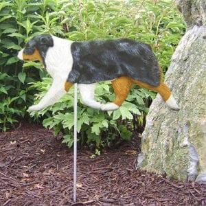 Australian Shepherd Statue: Dog Statues and Dog Garden Statues