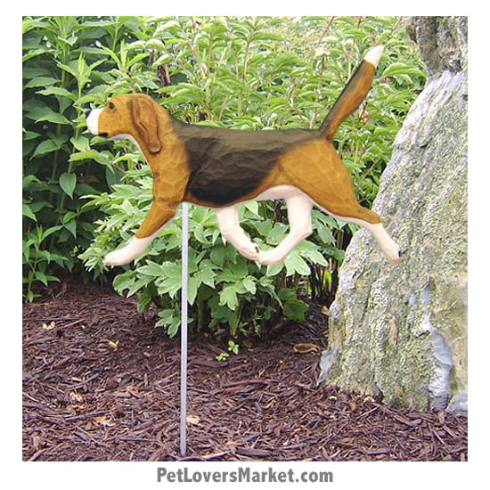 Beagle Statue: Dog Statues and Garden Statues