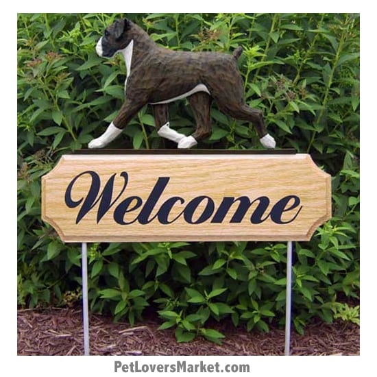 Welcome Sign with Boxer dog breed (Brindle) Welcome sign and dog sign for dog lovers. Welcome sign is perfect for home and garden decor, garden accents, outdoor accents, unique garden statues, garden statues online, best garden decor, garden stake decor, decorative garden stake, outdoor home accents, unique garden decor, outdoor home decor. Features Boxer dog breed.