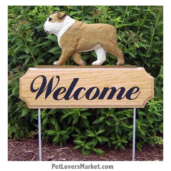 Welcome Sign with Bulldog dog breed (Tan) Welcome sign and dog sign for dog lovers. Welcome sign is perfect for home and garden decor, garden accents, outdoor accents, unique garden statues, garden statues online, best garden decor, garden stake decor, decorative garden stake, outdoor home accents, unique garden decor, outdoor home decor. Features Bulldog dog breed.